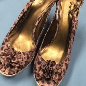 Leopard style wedges